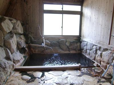 雨飾温泉「雨飾山荘」 混浴露天風呂 新潟 日帰り温泉 画像