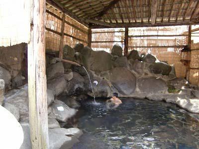 青荷温泉 ランプの宿 青森 混浴 露天風呂 日帰り入浴 温泉 画像