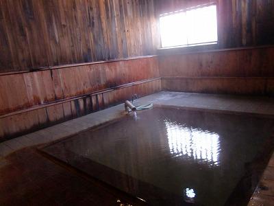 奥山旅館 泥湯温泉 温泉 秋田 混浴 露天風呂 日帰り入浴 画像