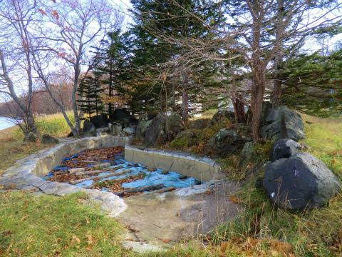 屈斜路湖畔 いなせレジャーランドキャンプ場露天風呂 北海道 混浴 露天風呂 無料 画像