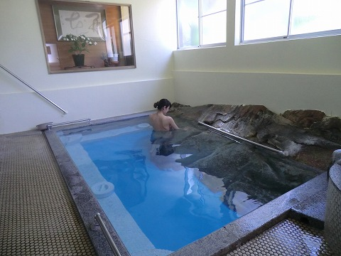 湯岐温泉 岩風呂 共同浴場 混浴 日帰り温泉 福島 画像