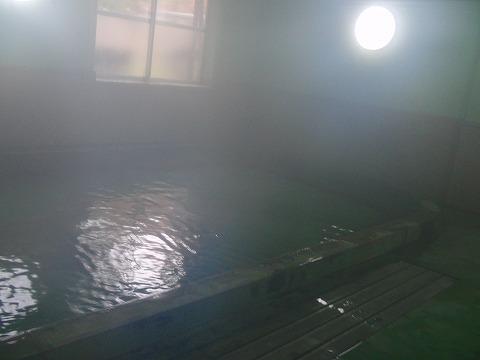 塩原温泉郷 福渡温泉 和泉屋旅館 混浴露天風呂 日帰り温泉 栃木 混浴 画像