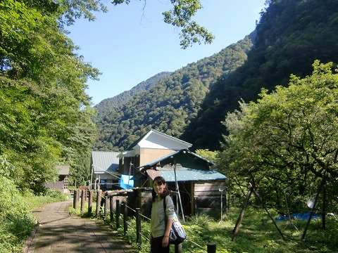 鐘釣温泉 岩風呂 富山 黒部渓谷鉄道 トロッコ 画像