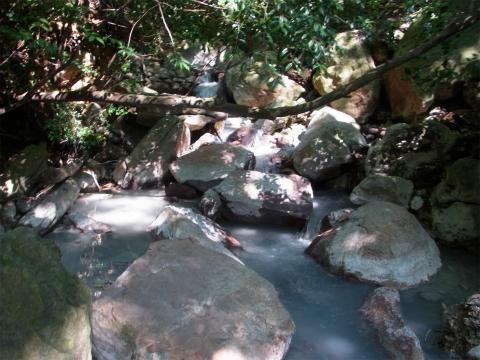 霧島温泉郷「川の湯」