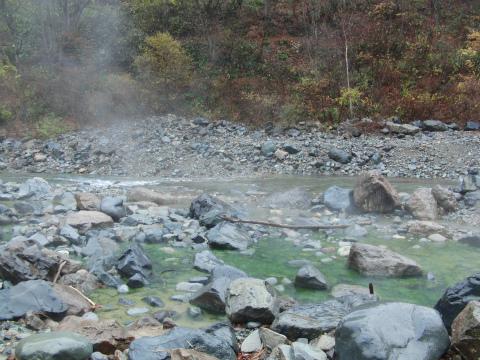 切明温泉「河原の湯」