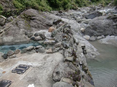 黒薙温泉 野天湯「川の湯」 富山 混浴露天風呂 日帰り温泉 画像