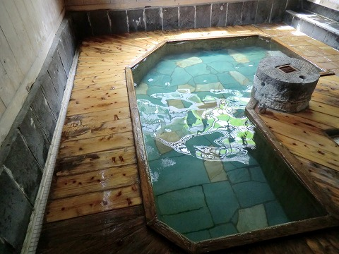 沢渡温泉 まるほん旅館 日帰り入浴 混浴露天風呂 群馬 画像