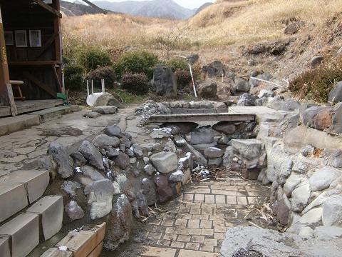 明礬温泉 鶴の湯 大分 共同浴場 混浴  日帰り入浴 温泉 画像
