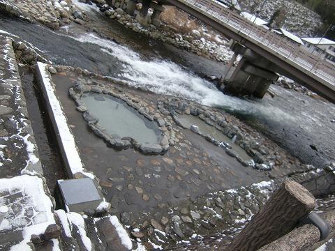 奥津温泉 河原の露天風呂 岡山 無料 混浴 河原の露天風呂 日帰り温泉 画像