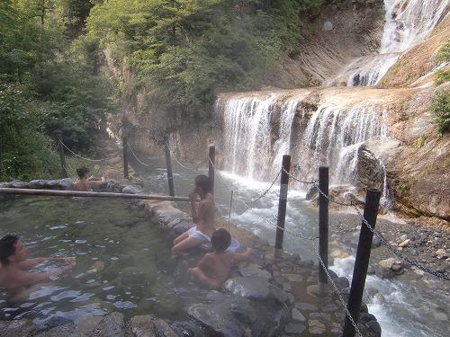 親谷温泉「親谷の湯 露天風呂」