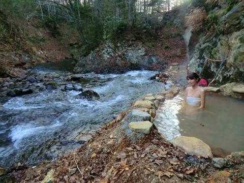 然別峡温泉 ピラの湯 北海道 混浴 露天風呂 無料 画像
