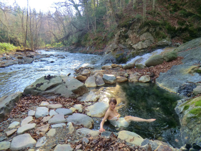 然別峡温泉 テムジンの湯 北海道 混浴 露天風呂 無料 画像