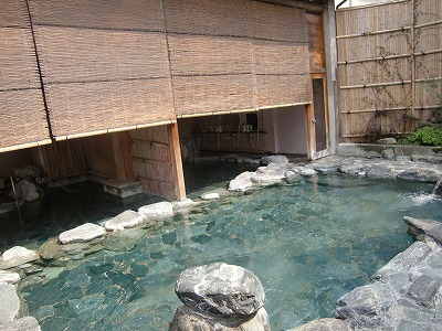 天童温泉「松伯亭あづま荘」