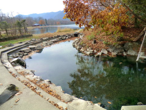 屈斜路湖畔「和琴温泉 露天風呂」