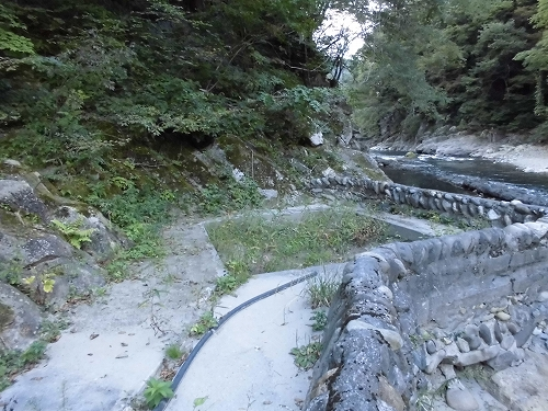 湯の上温泉 河原露天風呂