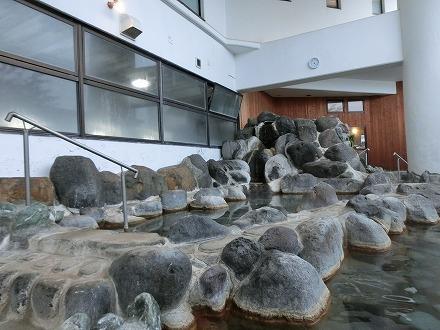 熱川温泉「ホテルカターラリゾート&スパ」の男女別露天風呂は広いです