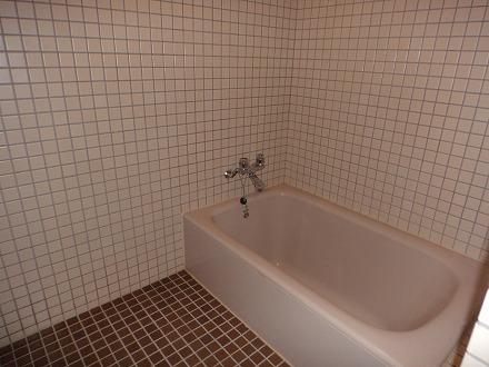 山中温泉「花つばき」の客室  浴室