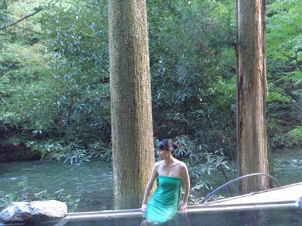山中温泉「花つばき」の混浴露天風呂 湯畑